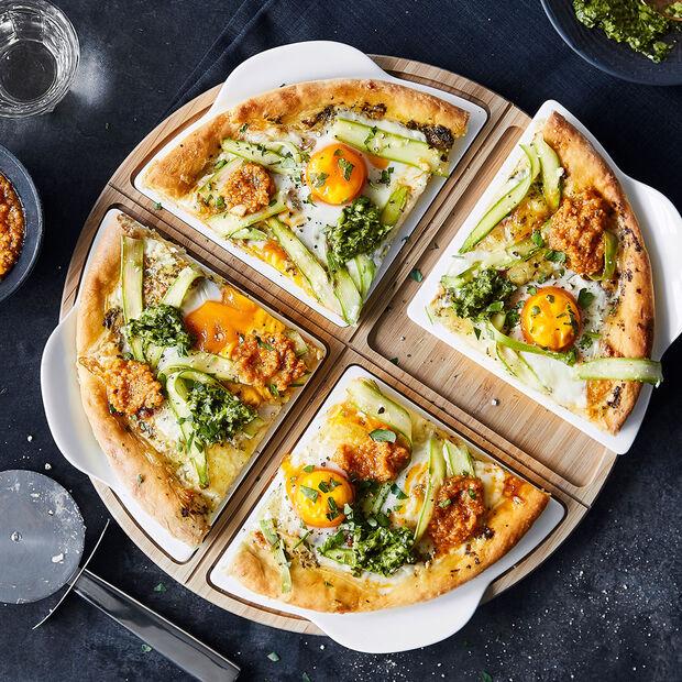 Plat à pizza avec assiettes pour 4 personnes, , large