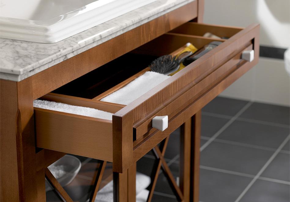 hommage collection pour salle de bains en relief. Black Bedroom Furniture Sets. Home Design Ideas