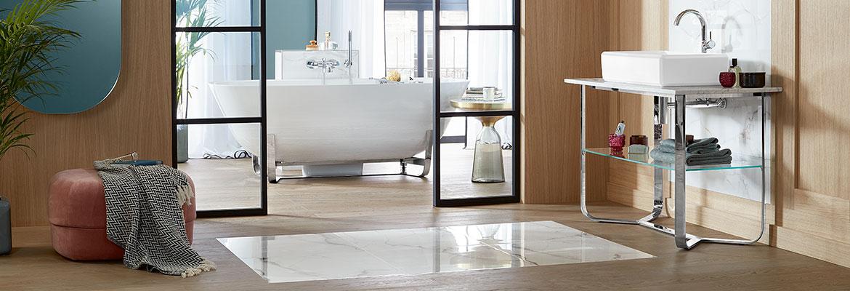 84364640008bd La baignoire est l élément central de votre espace bien-être personnel chez  vous. Après une journée mouvementée