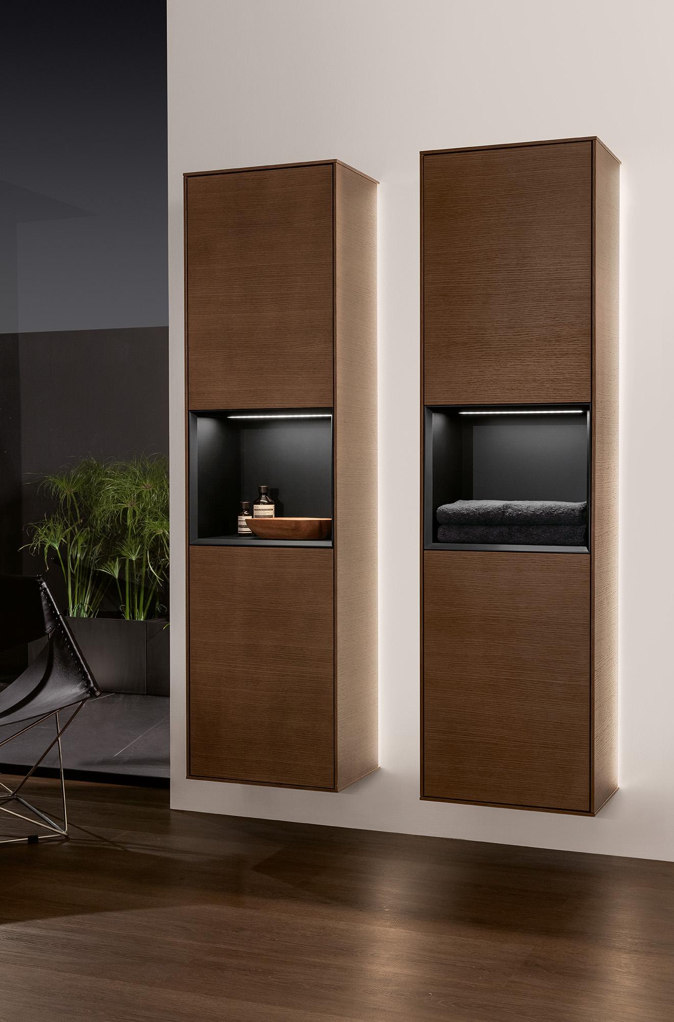 finion armoire haute angulaire g47 villeroy boch. Black Bedroom Furniture Sets. Home Design Ideas